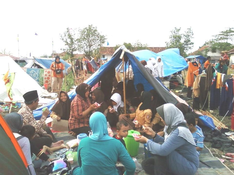 Jambore Cabang 2 ; (Kunjungan ke daerah gempa)